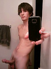 Real and amateur images of metrosexual boys next door having fun at home